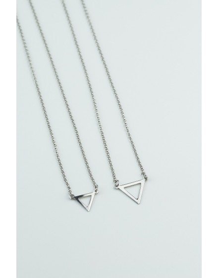 Gargantilla Triángulo Blanca Pequeña
